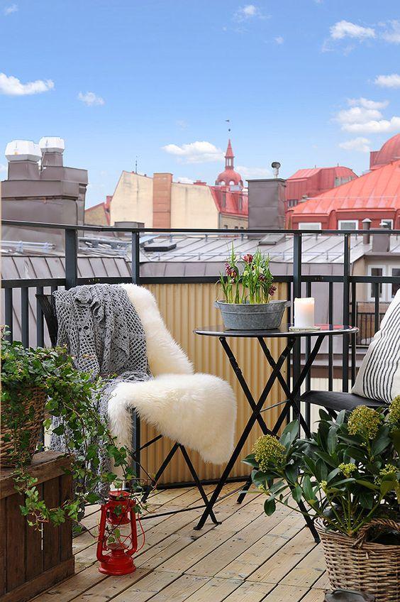 Malý balkón s veľkou atmosférou - inšpirácie - Obrázok č. 77