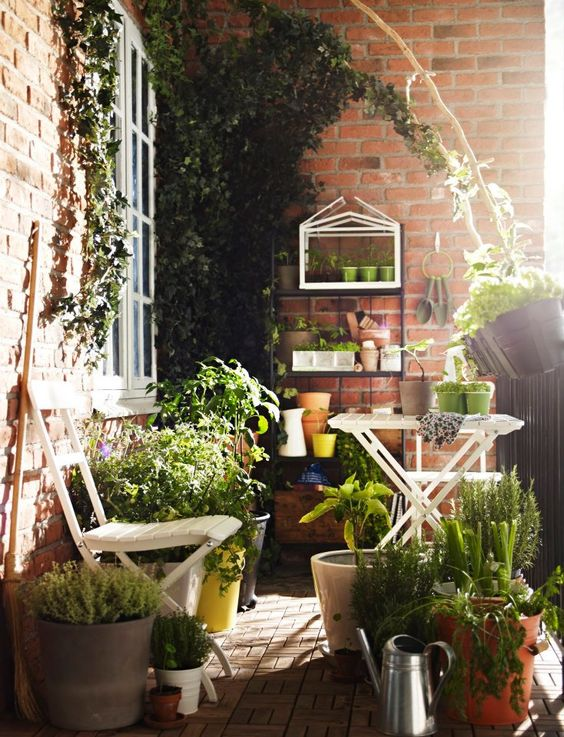 Malý balkón s veľkou atmosférou - inšpirácie - Obrázok č. 89