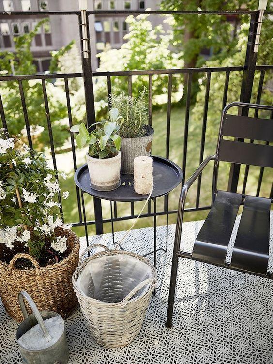 Malý balkón s veľkou atmosférou - inšpirácie - Obrázok č. 95