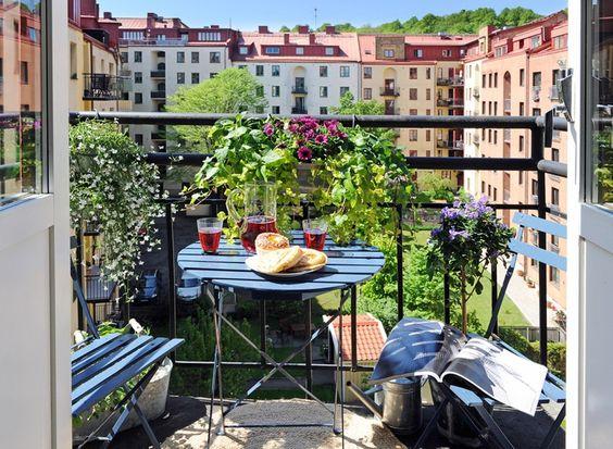 Malý balkón s veľkou atmosférou - inšpirácie - Obrázok č. 96