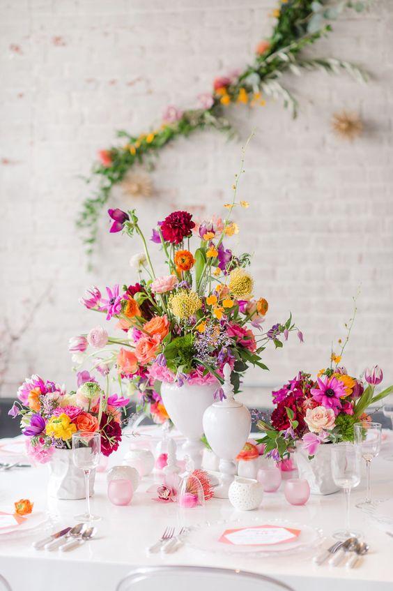 Keď to na svadbe hýri mnohými farbami - Obrázok č. 11