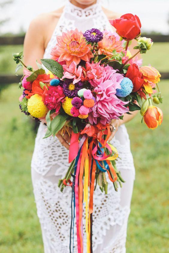 Keď to na svadbe hýri mnohými farbami - Obrázok č. 18