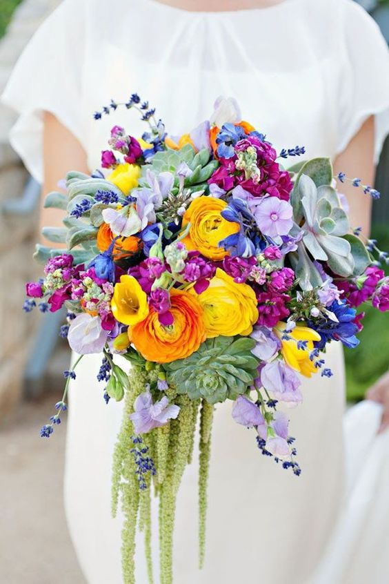 Keď to na svadbe hýri mnohými farbami - Obrázok č. 30
