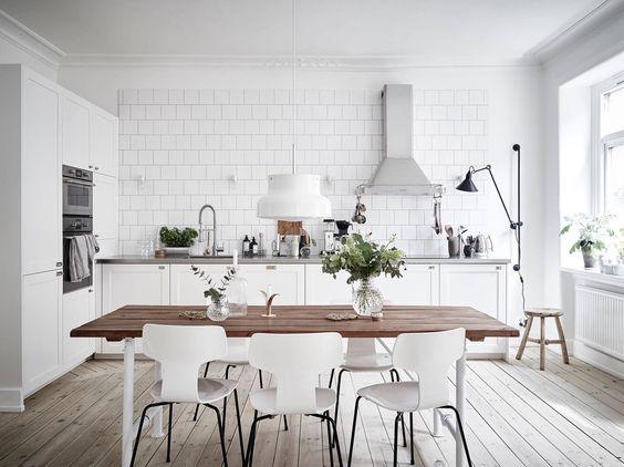 Kuchyne s otvorenými poličkami - Obrázok č. 85