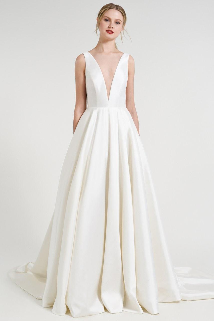 Svadobné šaty z kolekcií na rok 2019 - Obrázok č. 11