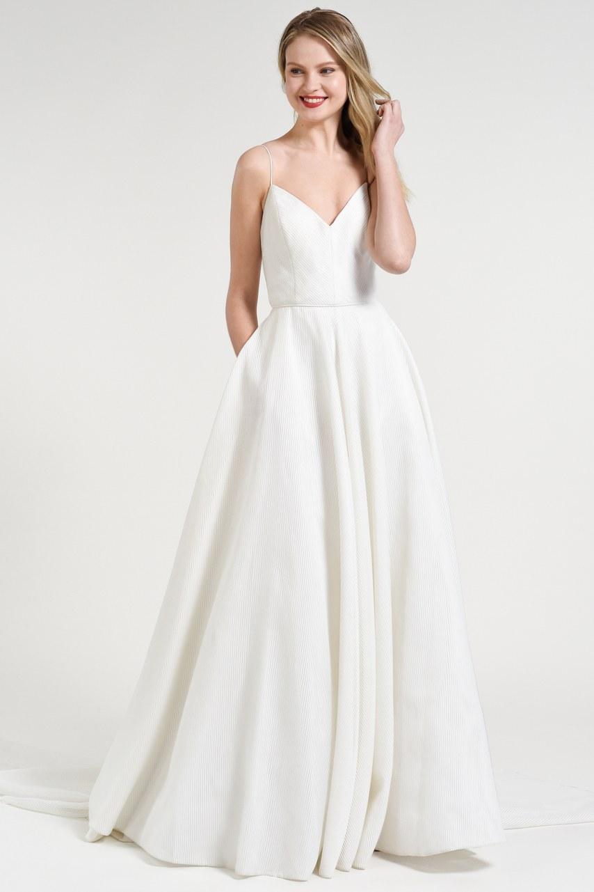 Svadobné šaty z kolekcií na rok 2019 - Obrázok č. 12