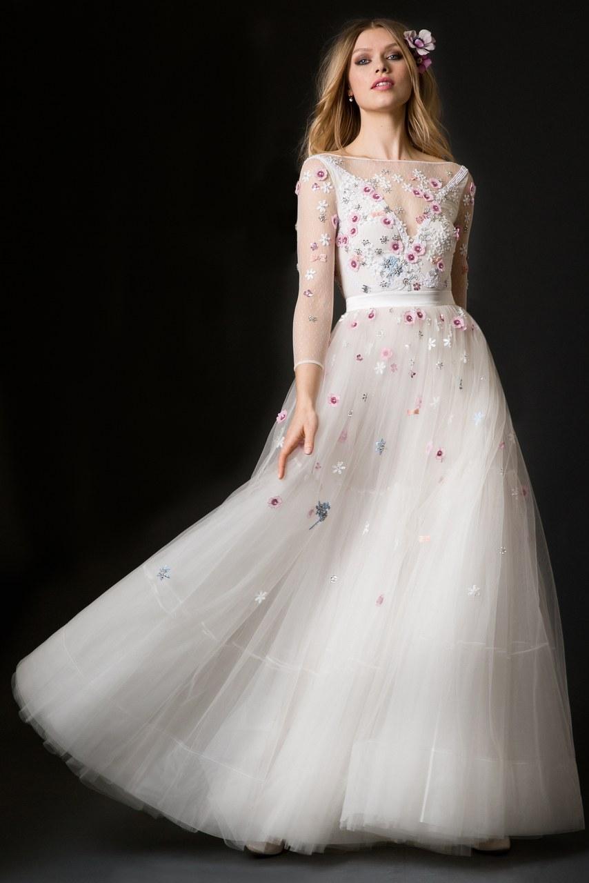 Svadobné šaty z kolekcií na rok 2019 - Obrázok č. 22