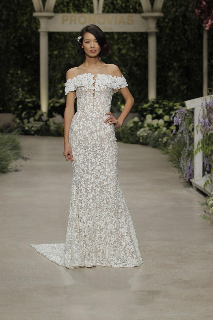 Svadobné šaty z kolekcií na rok 2019 - Obrázok č. 41