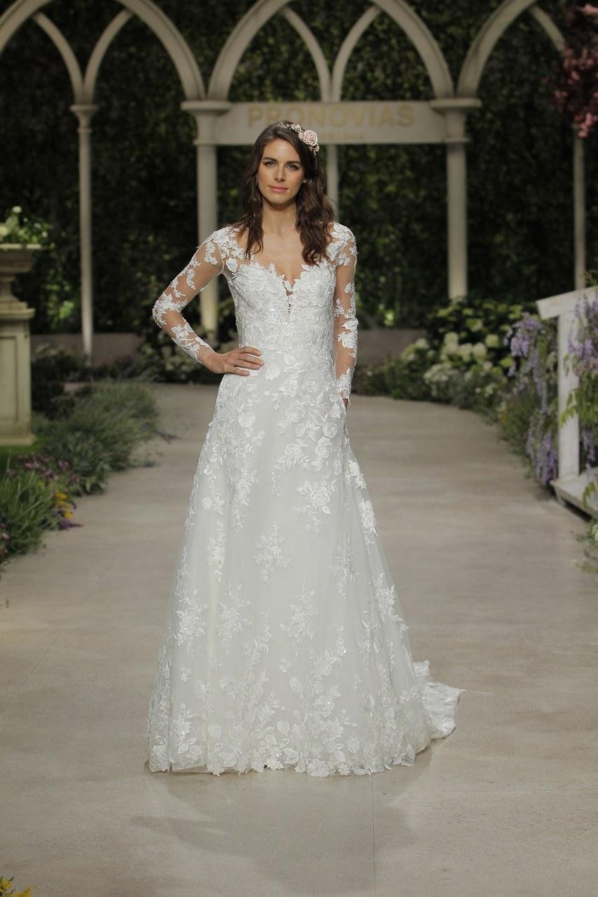 Svadobné šaty z kolekcií na rok 2019 - Obrázok č. 43