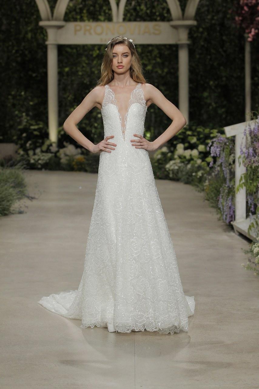 Svadobné šaty z kolekcií na rok 2019 - Obrázok č. 44