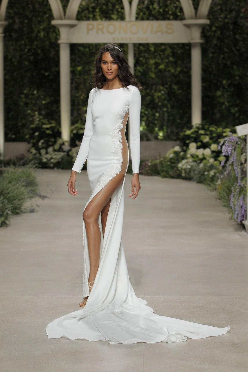 Svadobné šaty z kolekcií na rok 2019 - Obrázok č. 53