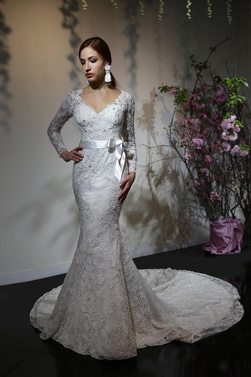 Svadobné šaty z kolekcií na rok 2019 - Obrázok č. 56