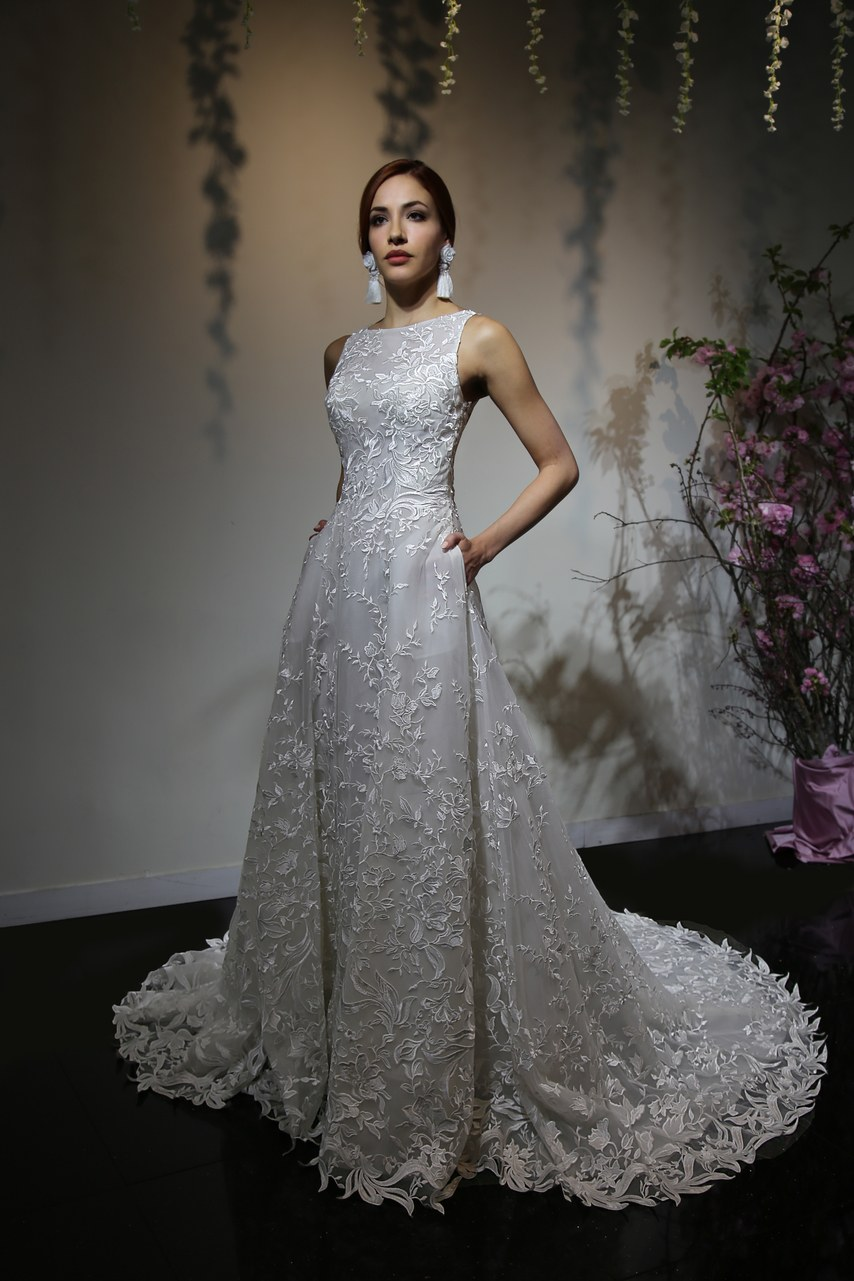 Svadobné šaty z kolekcií na rok 2019 - Obrázok č. 59