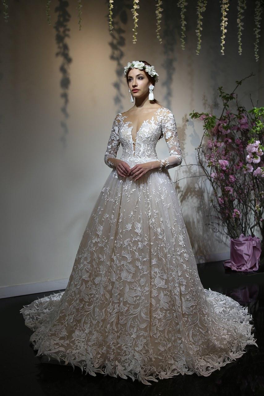 Svadobné šaty z kolekcií na rok 2019 - Obrázok č. 60