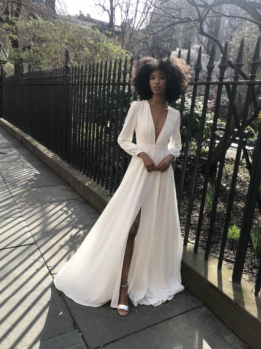 Svadobné šaty z kolekcií na rok 2019 - Obrázok č. 61