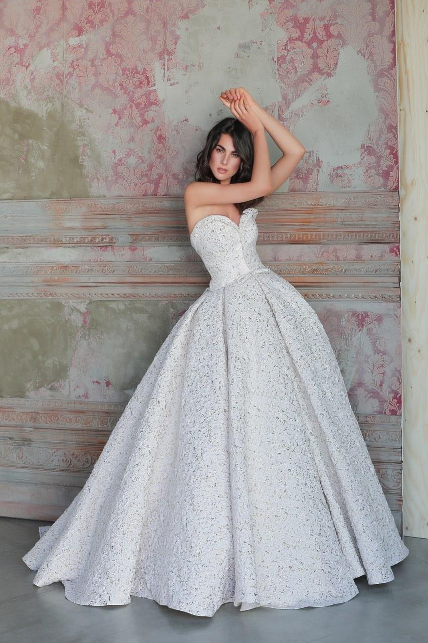 Svadobné šaty z kolekcií na rok 2019 - Obrázok č. 62