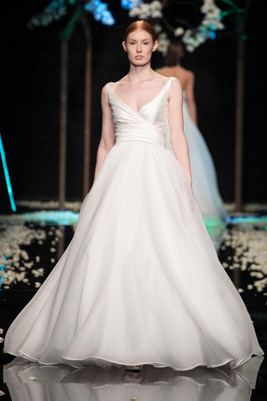 Svadobné šaty z kolekcií na rok 2019 - Obrázok č. 65