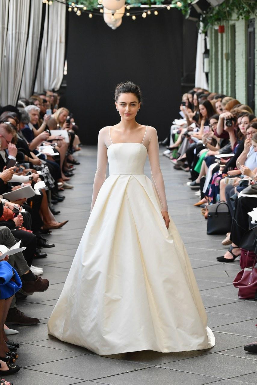 Svadobné šaty z kolekcií na rok 2019 - Obrázok č. 71