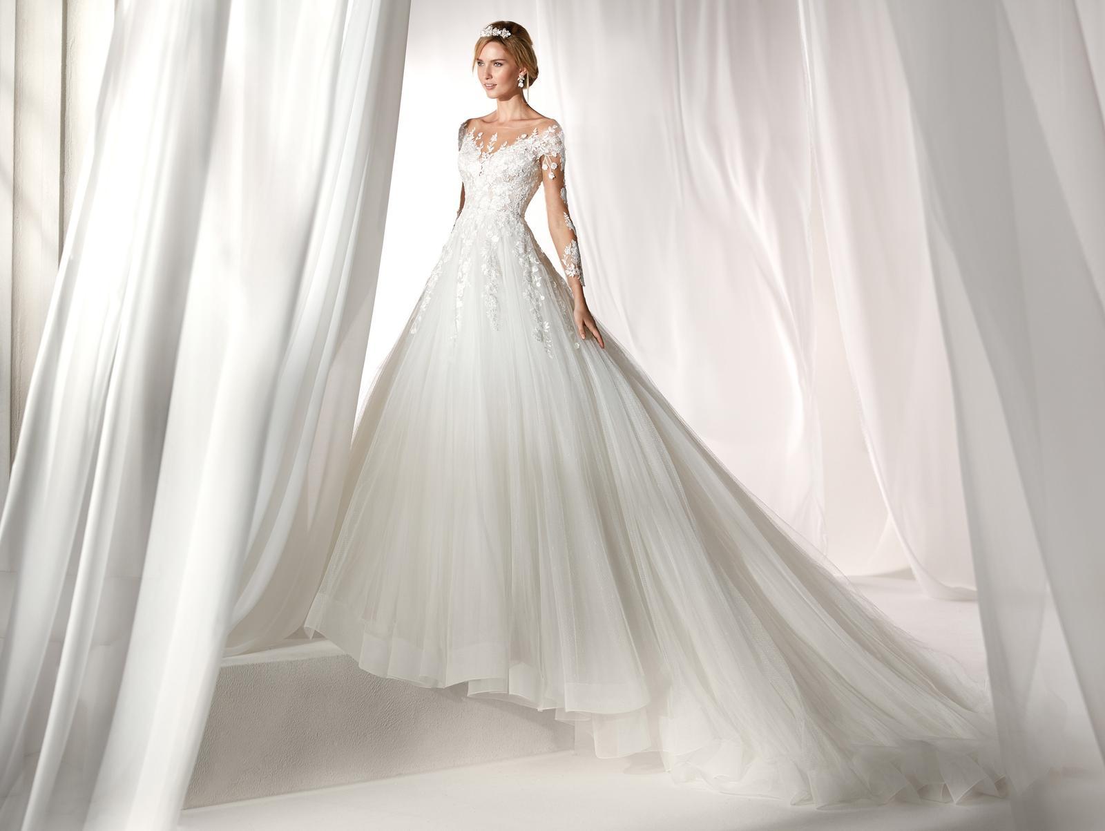 Svadobné šaty z kolekcií na rok 2019 - Obrázok č. 89