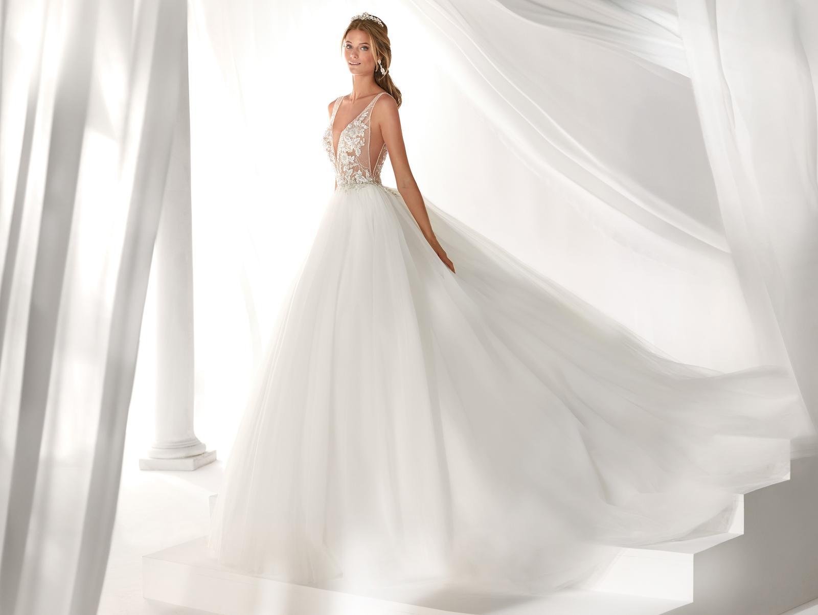 Svadobné šaty z kolekcií na rok 2019 - Obrázok č. 95