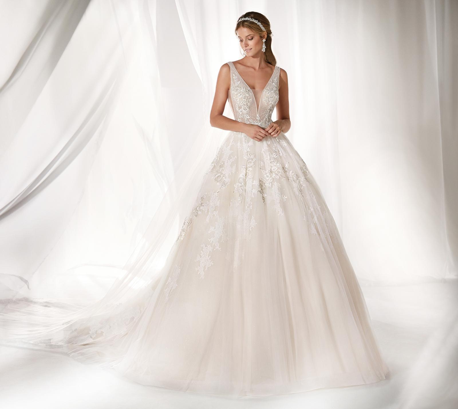 Svadobné šaty z kolekcií na rok 2019 - Obrázok č. 98
