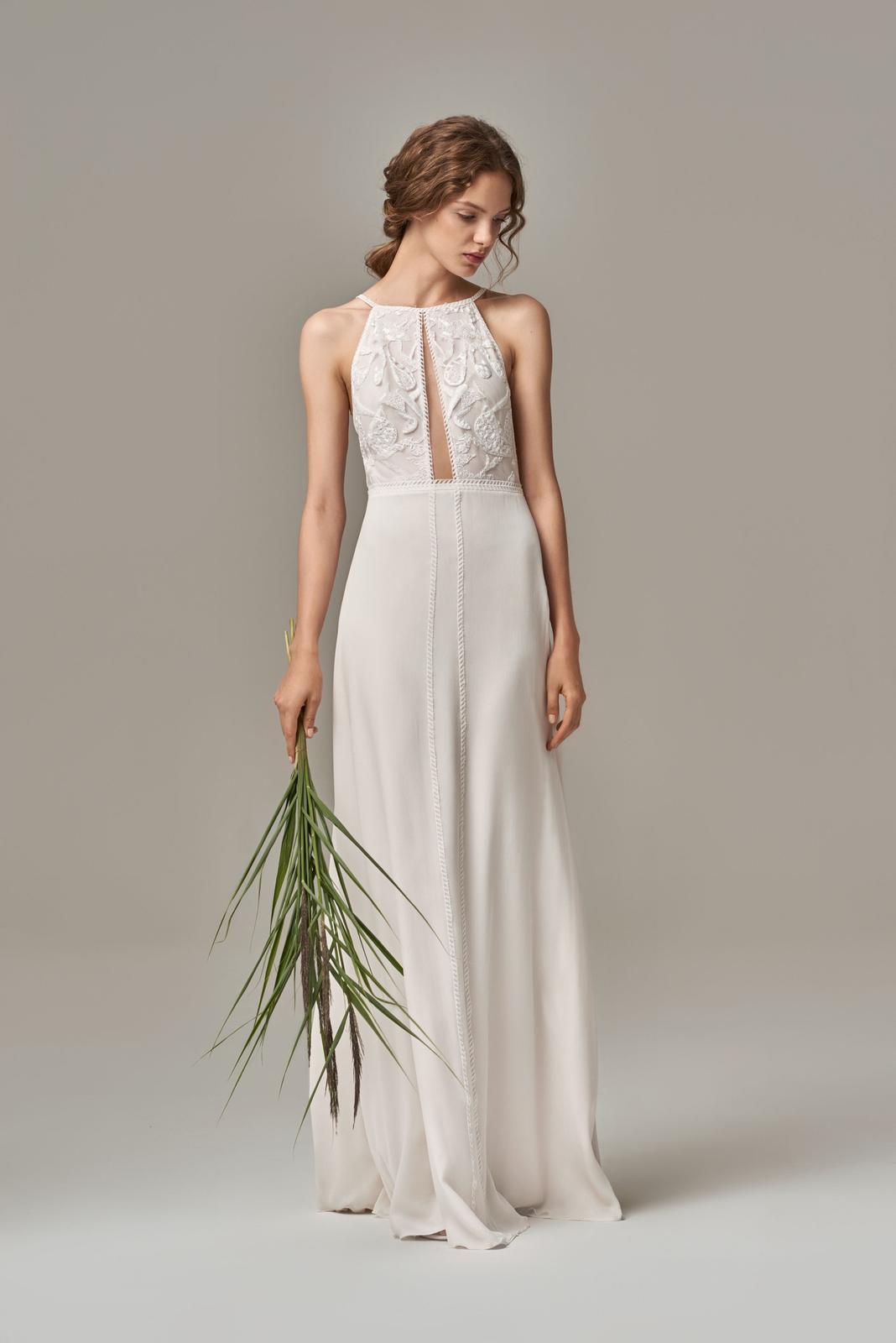 Anna Kara * Svadobné šaty z kolekcií na rok 2019 - Obrázok č. 17
