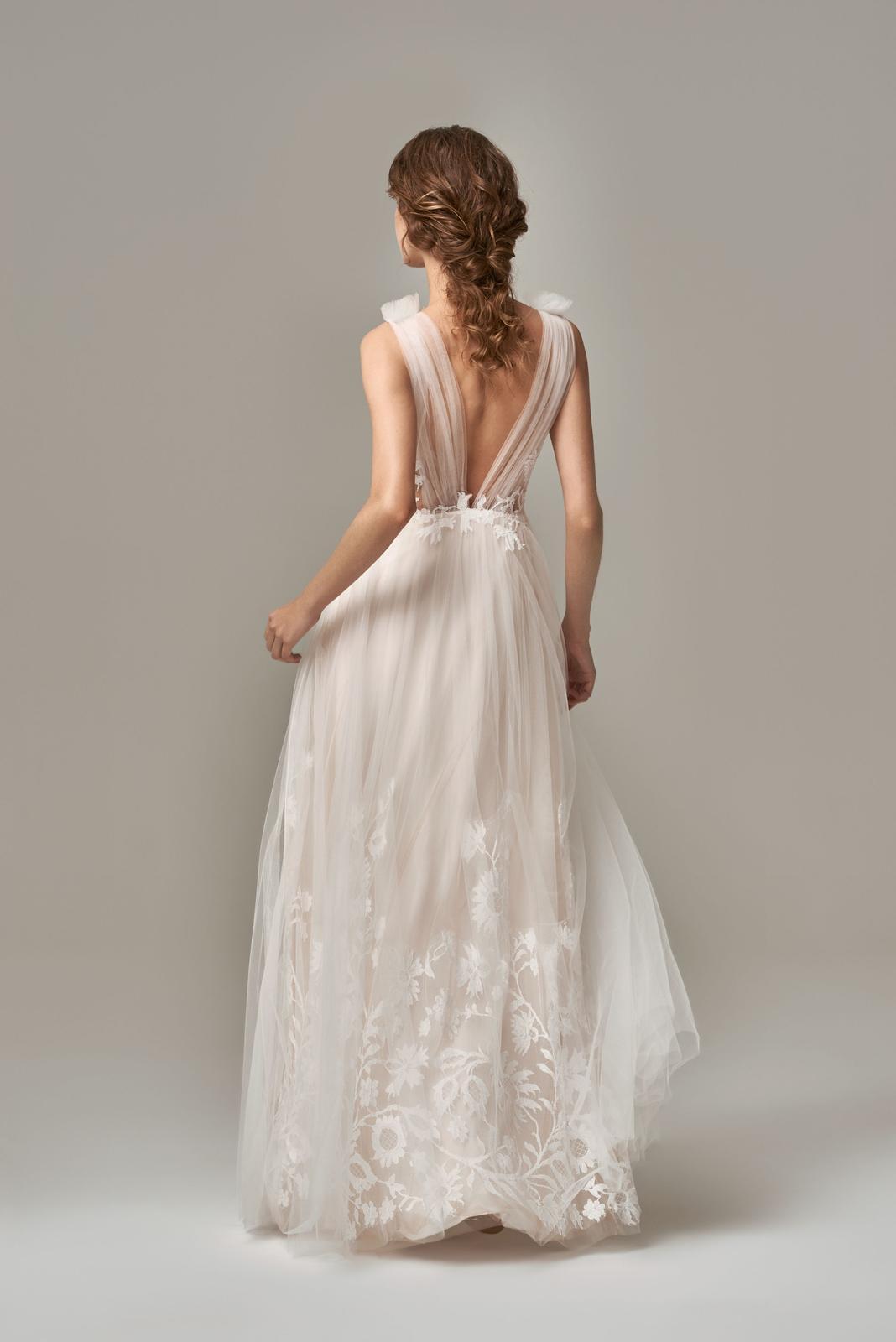 Anna Kara * Svadobné šaty z kolekcií na rok 2019 - Obrázok č. 47