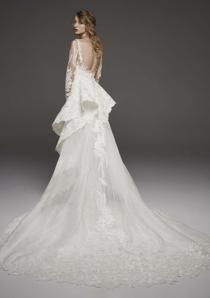 Atelier Pronovias * Svadobné šaty z kolekcií na rok 2019 - Obrázok č. 29