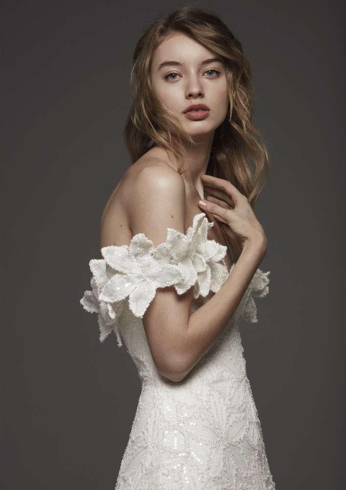 Atelier Pronovias * Svadobné šaty z kolekcií na rok 2019 - Obrázok č. 32