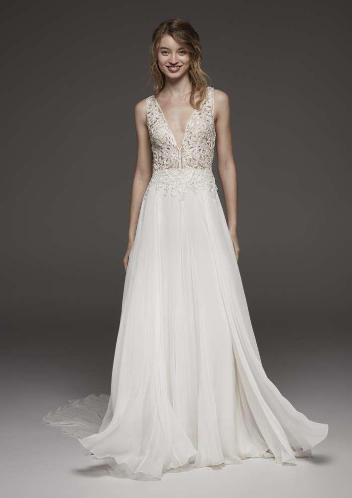 Atelier Pronovias * Svadobné šaty z kolekcií na rok 2019 - Obrázok č. 38