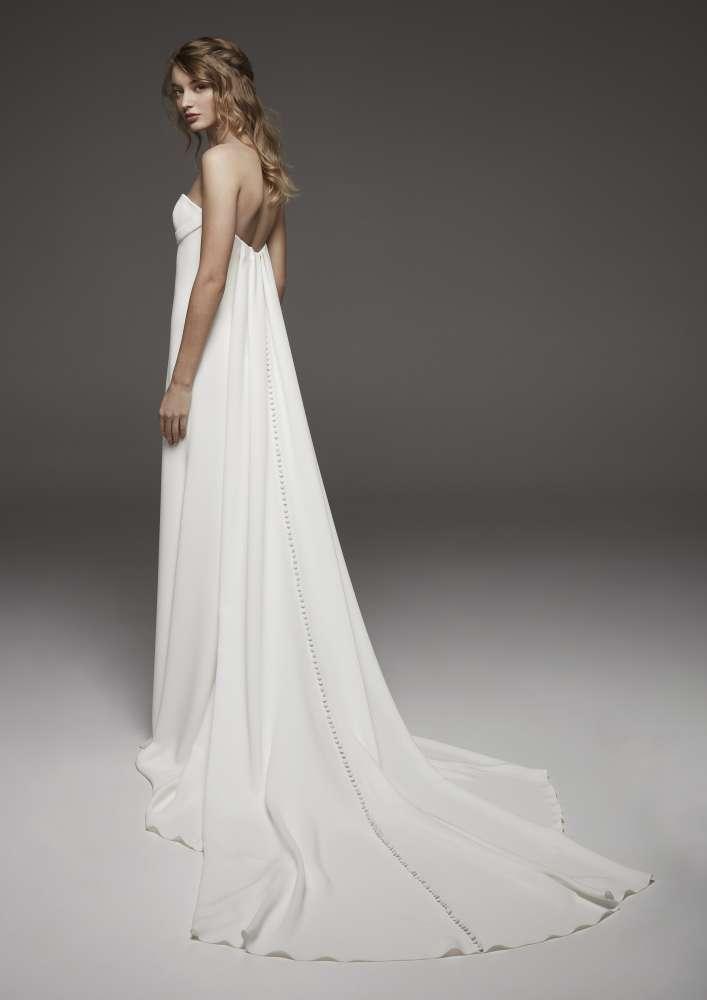 Atelier Pronovias * Svadobné šaty z kolekcií na rok 2019 - Obrázok č. 39