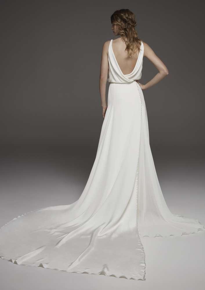 Atelier Pronovias * Svadobné šaty z kolekcií na rok 2019 - Obrázok č. 40