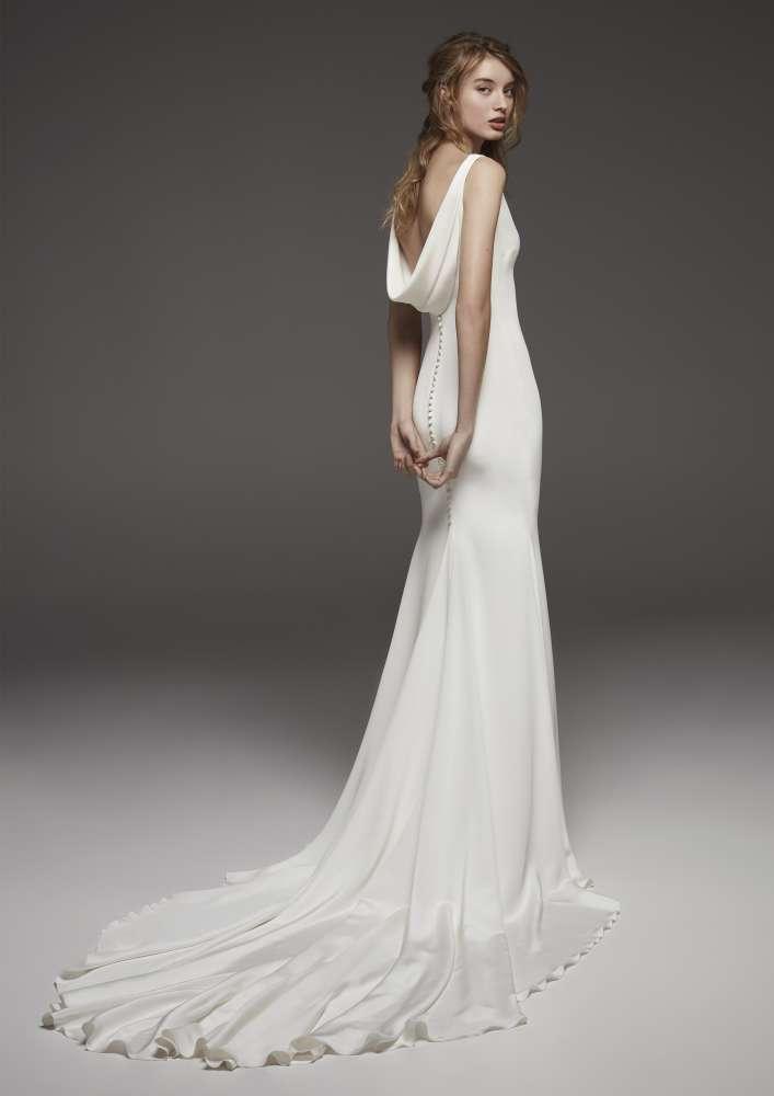 Atelier Pronovias * Svadobné šaty z kolekcií na rok 2019 - Obrázok č. 41