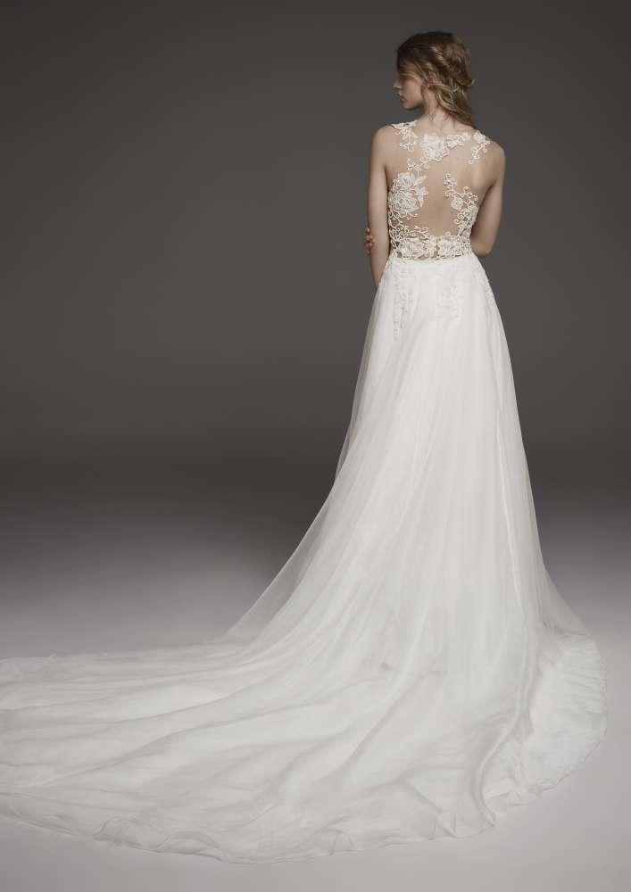 Atelier Pronovias * Svadobné šaty z kolekcií na rok 2019 - Obrázok č. 51
