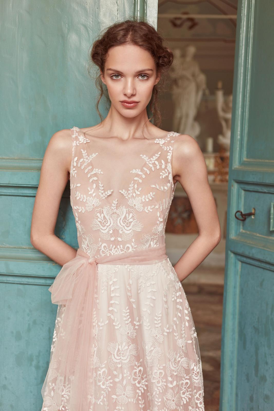Anna Kara * Svadobné šaty z kolekcií na rok 2019 - Obrázok č. 68