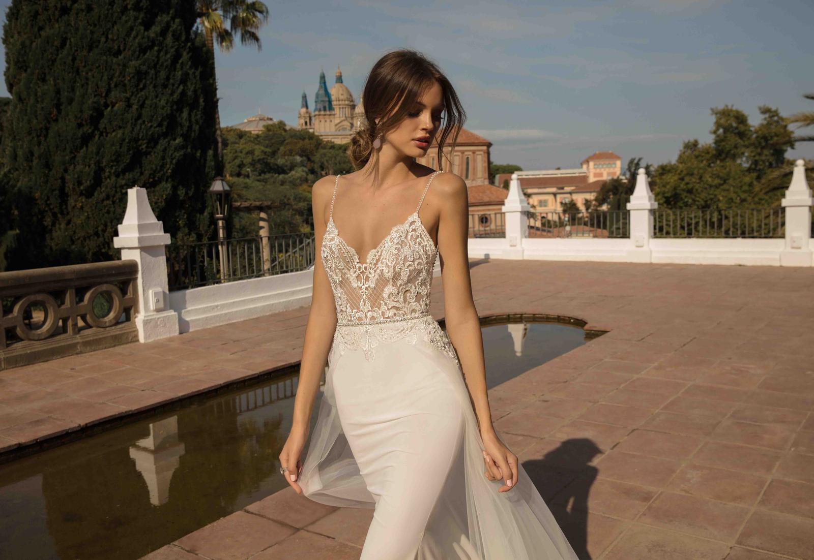 Muse by Berta * Svadobné šaty z kolekcií na rok 2019 - Obrázok č. 5
