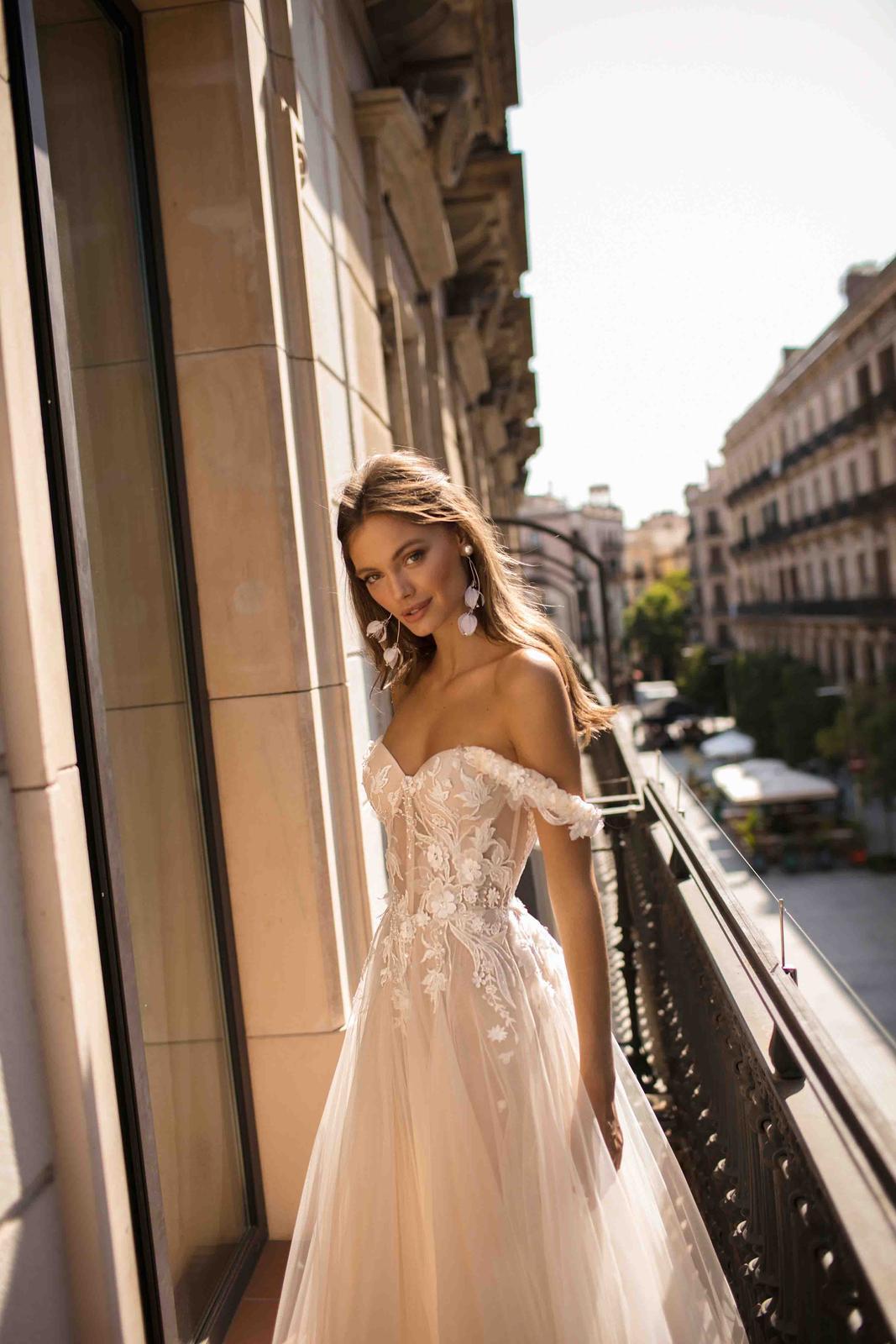 Muse by Berta * Svadobné šaty z kolekcií na rok 2019 - Obrázok č. 9