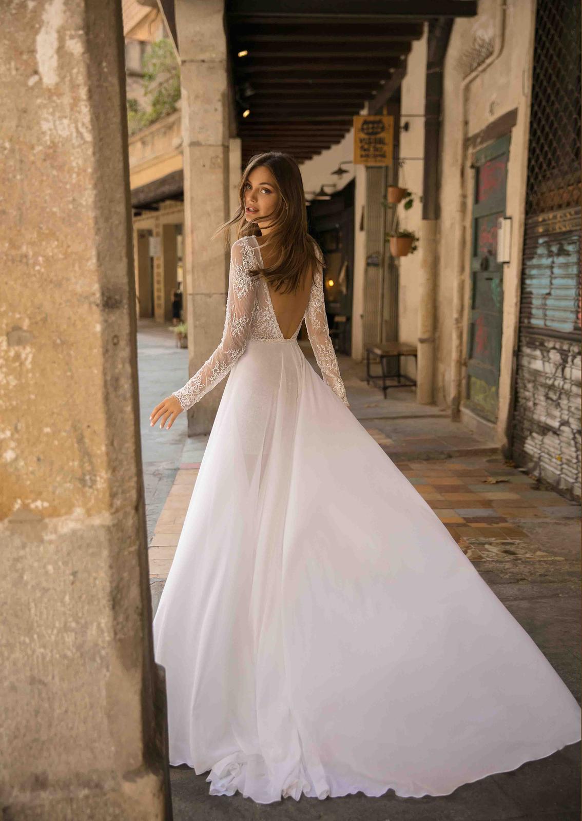 Muse by Berta * Svadobné šaty z kolekcií na rok 2019 - Obrázok č. 11