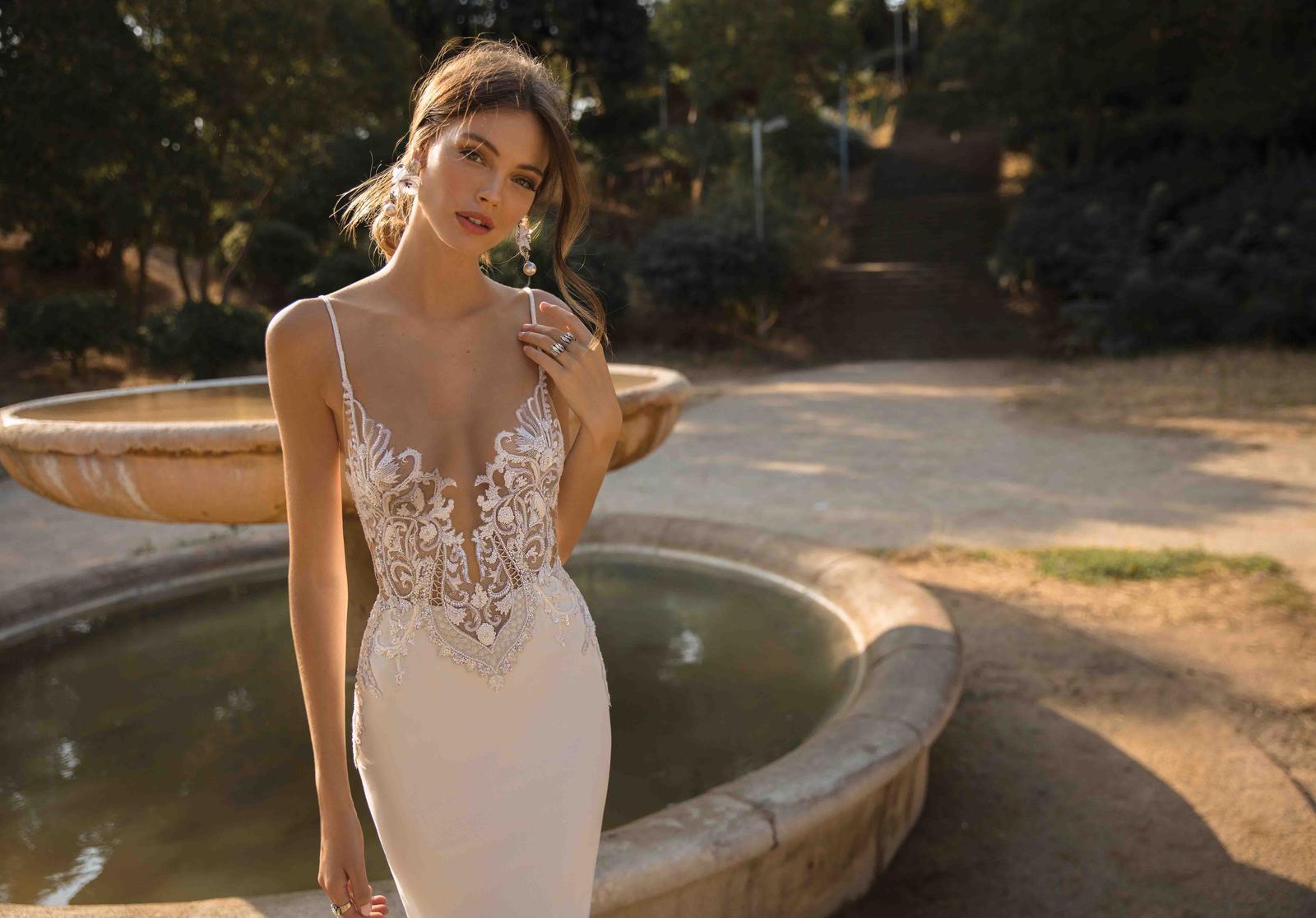 Muse by Berta * Svadobné šaty z kolekcií na rok 2019 - Obrázok č. 13