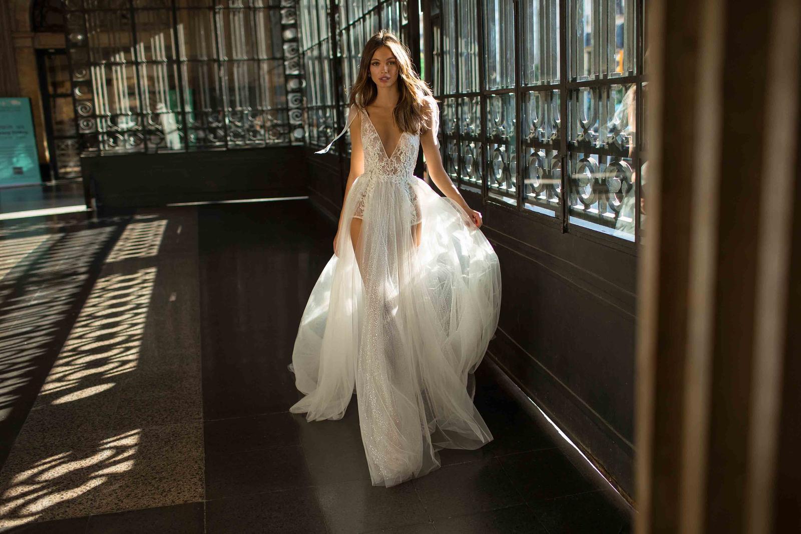 Muse by Berta * Svadobné šaty z kolekcií na rok 2019 - Obrázok č. 22