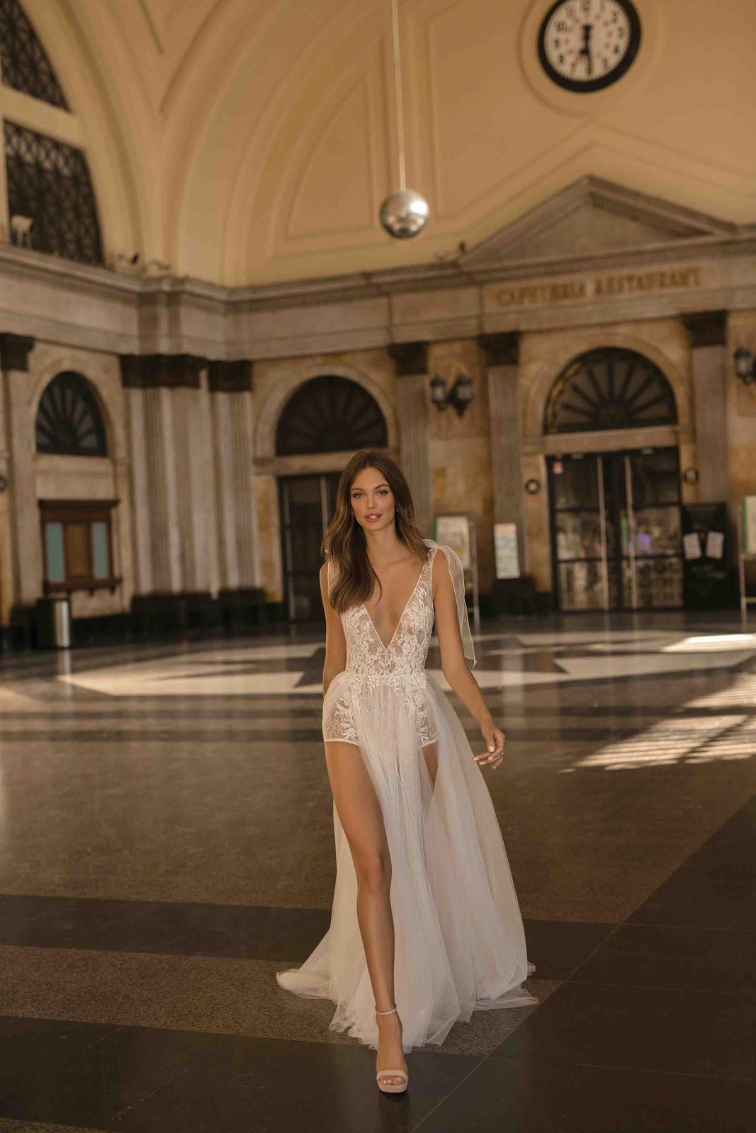 Muse by Berta * Svadobné šaty z kolekcií na rok 2019 - Obrázok č. 23