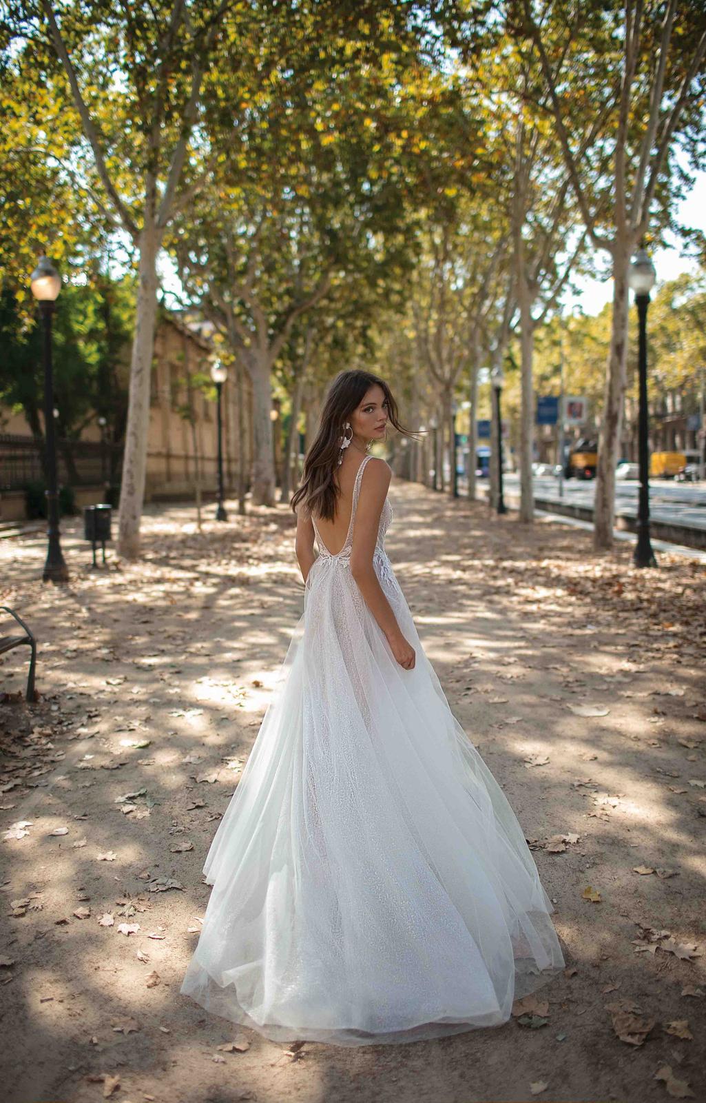 Muse by Berta * Svadobné šaty z kolekcií na rok 2019 - Obrázok č. 34