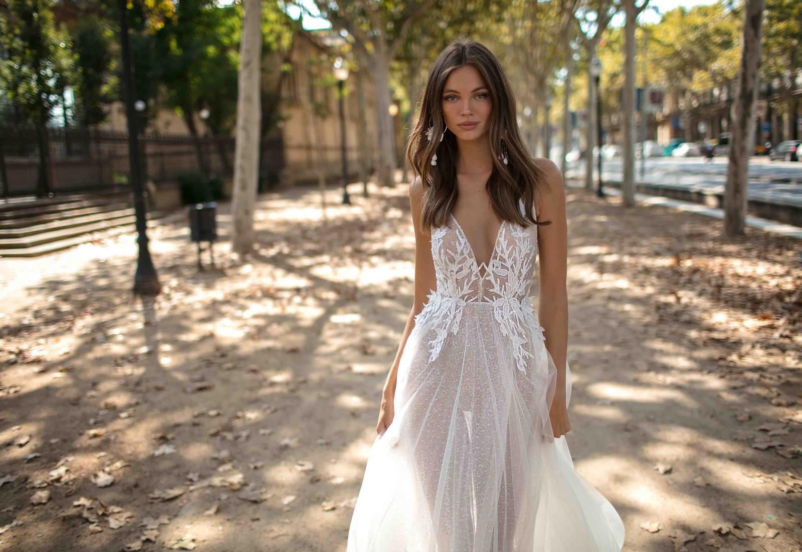 Muse by Berta * Svadobné šaty z kolekcií na rok 2019 - Obrázok č. 36
