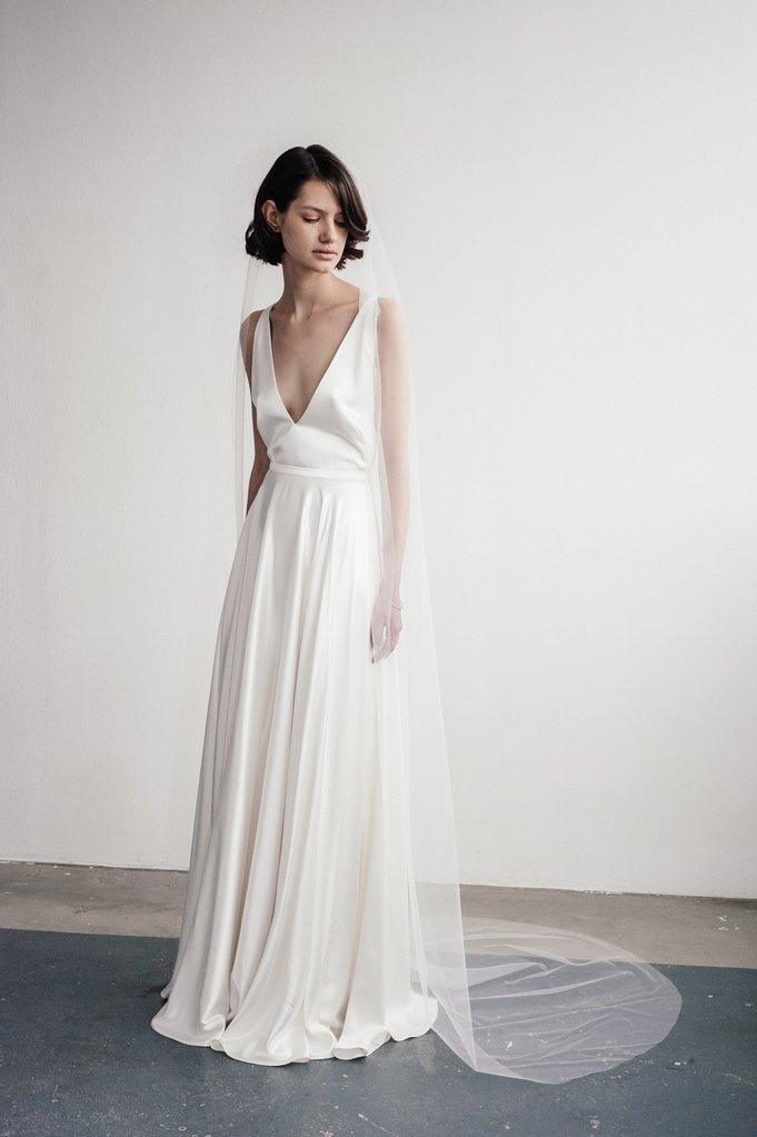 Tak jednoducho, ako sa len dá (minimalizmus v svadobných šatách) - Obrázok č. 84