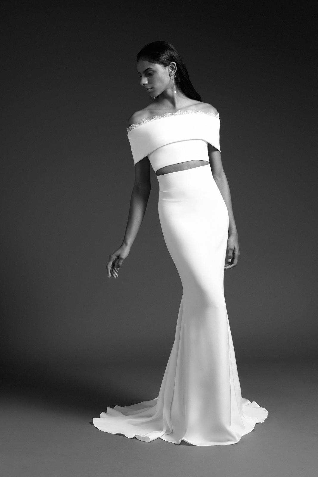Tak jednoducho, ako sa len dá (minimalizmus v svadobných šatách) - Obrázok č. 92
