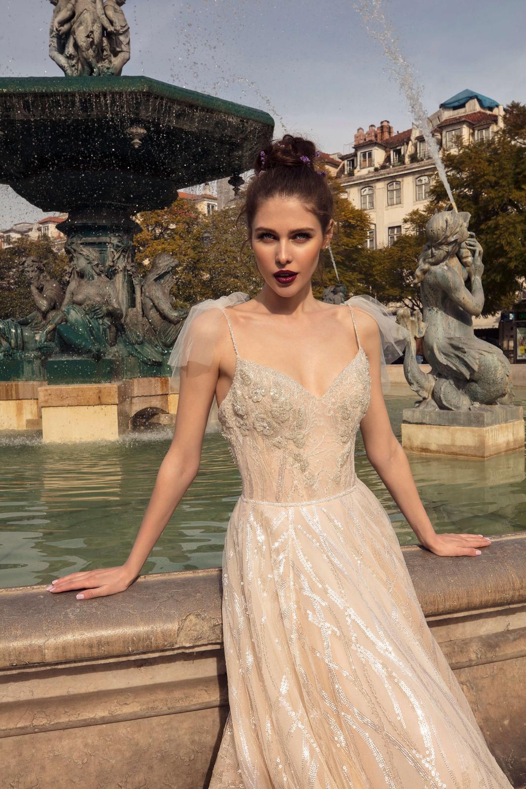 Innocentia Divina 2019 * Svadobné šaty z kolekcií na rok 2019 - Obrázok č. 21