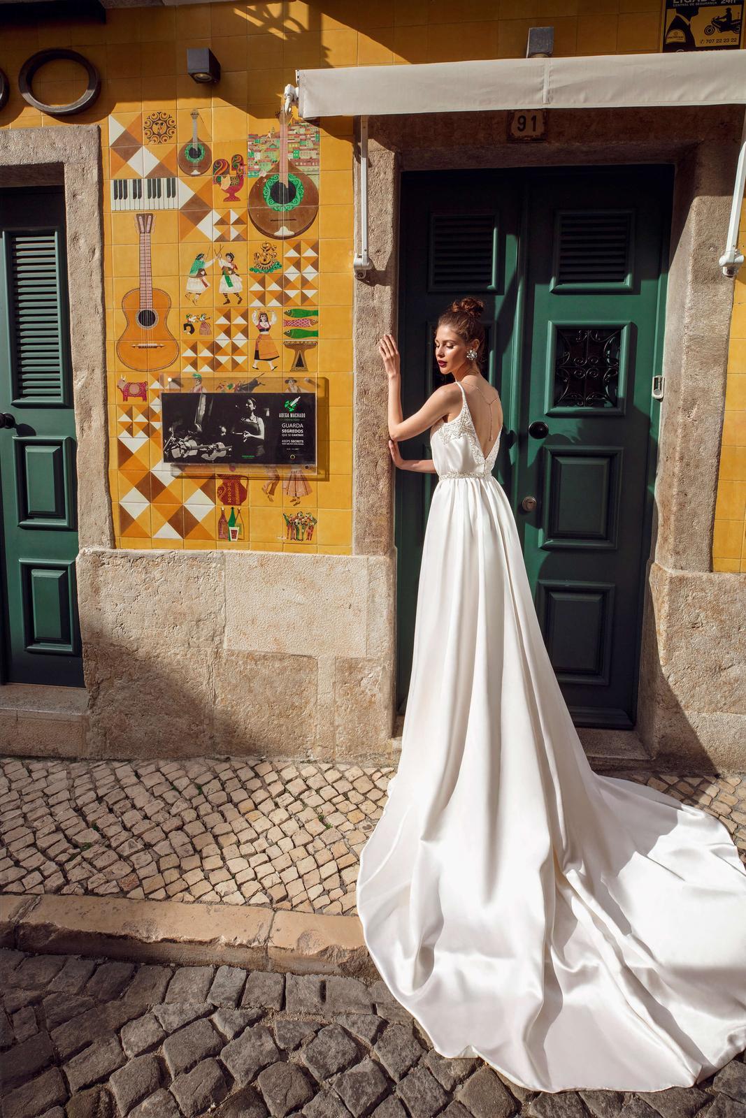 Innocentia Divina 2019 * Svadobné šaty z kolekcií na rok 2019 - Obrázok č. 27