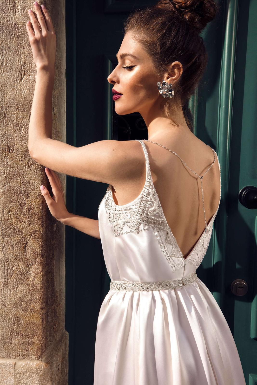 Innocentia Divina 2019 * Svadobné šaty z kolekcií na rok 2019 - Obrázok č. 29