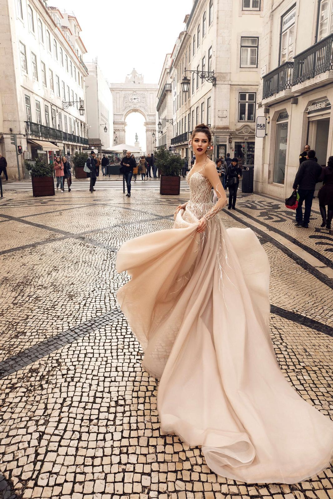 Innocentia Divina 2019 * Svadobné šaty z kolekcií na rok 2019 - Obrázok č. 64