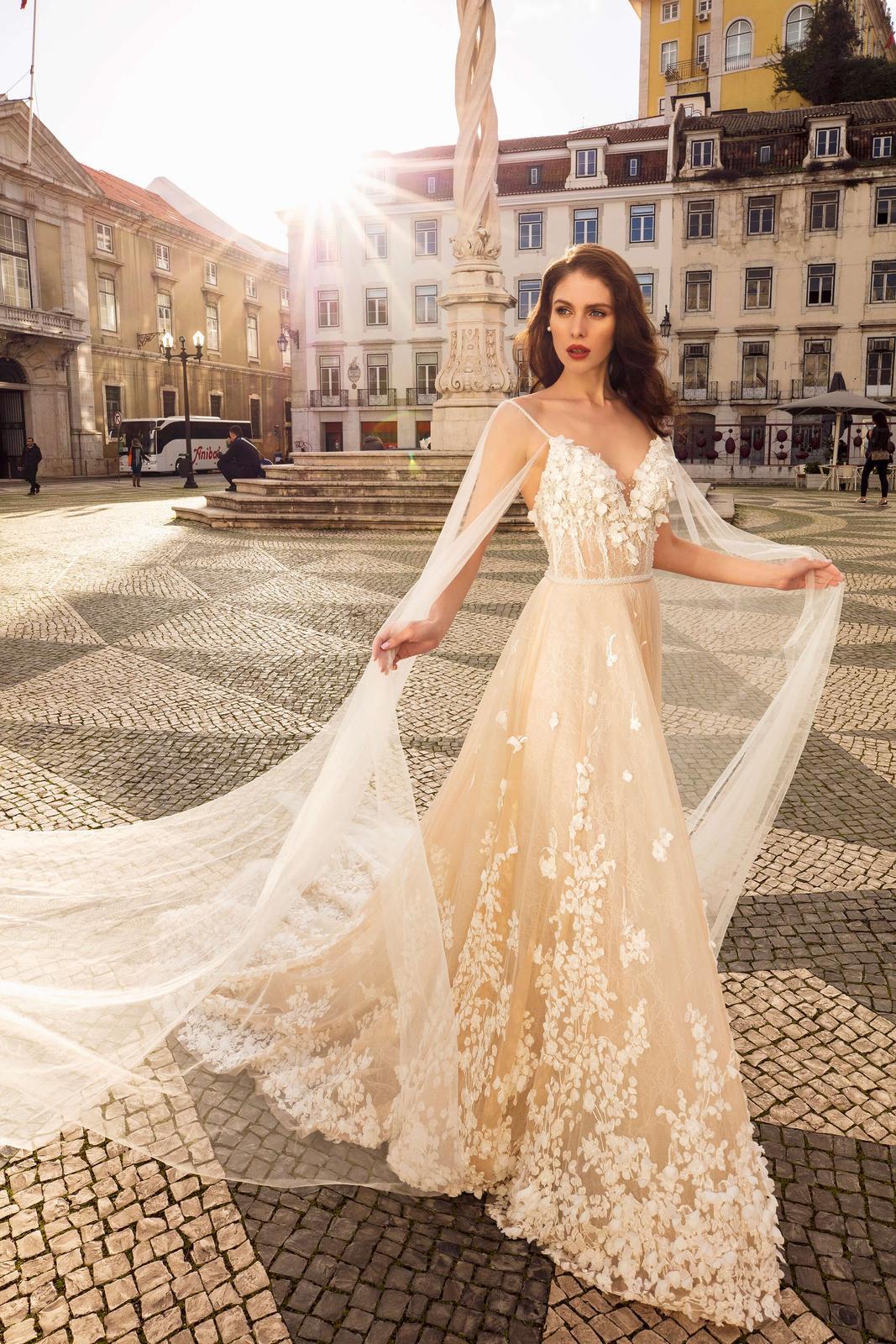 Innocentia Divina 2019 * Svadobné šaty z kolekcií na rok 2019 - Obrázok č. 67
